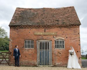 Barn wedding in Warwickshire