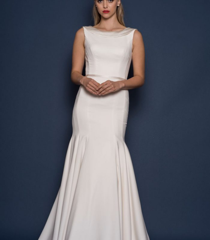 Fitted and fishtail wedding dress by Louise Bentley bridal