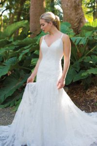 Alternative wedding dresses in Stratford-Upon-Avon, England