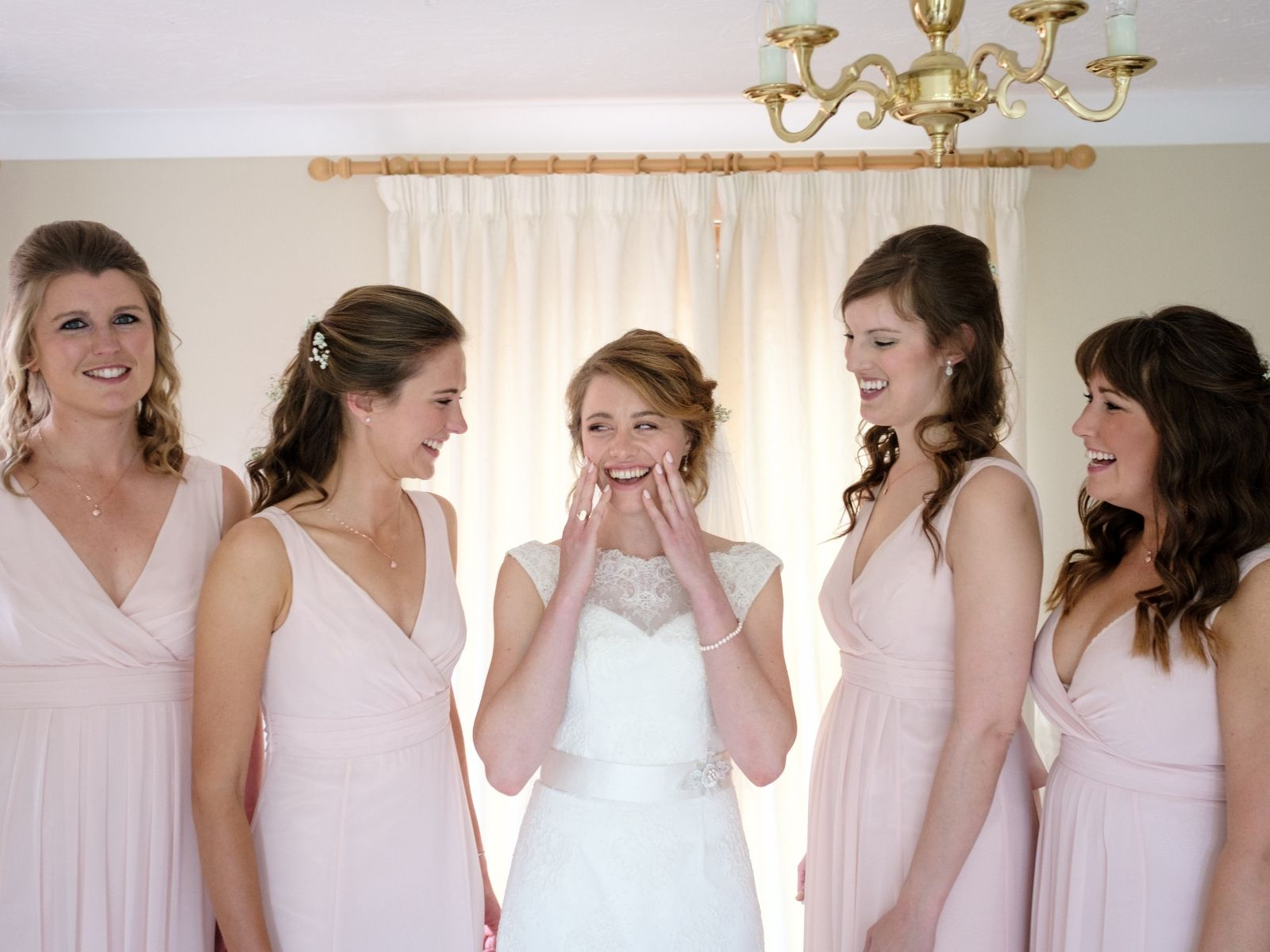 Boho Bride Harriet with her bridesmaids on her wedding day