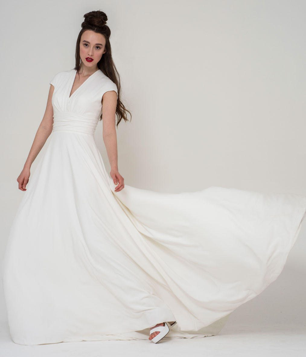 V-neck style wedding dress by Freda Bennett structured wedding dress Warwickshire