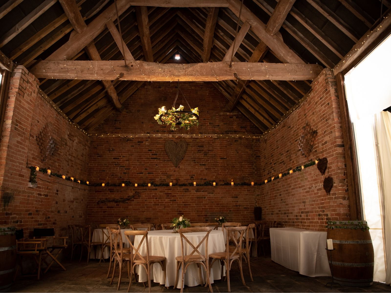 Amazing barn wedding venue Warwickshire