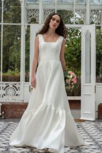 Alternative satin Freda Bennet wedding dresses in Stratford-Upon-Avon