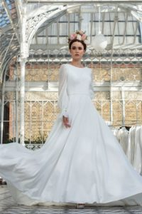 Alternative vintage Freda Bennet wedding dresses in Stratford-Upon-Avon