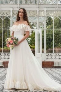 Curvy Freda Bennet wedding dress for-plus-size bride in Stratford-Upon-Avon