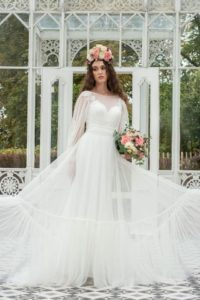 Plus-size Freda Bennet wedding dress for plus-size bride in Stratford-Upon-Avon