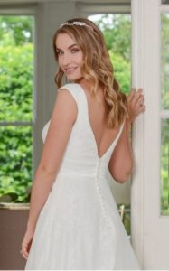 Millie May wedding dress v-back stratford-upon-avon