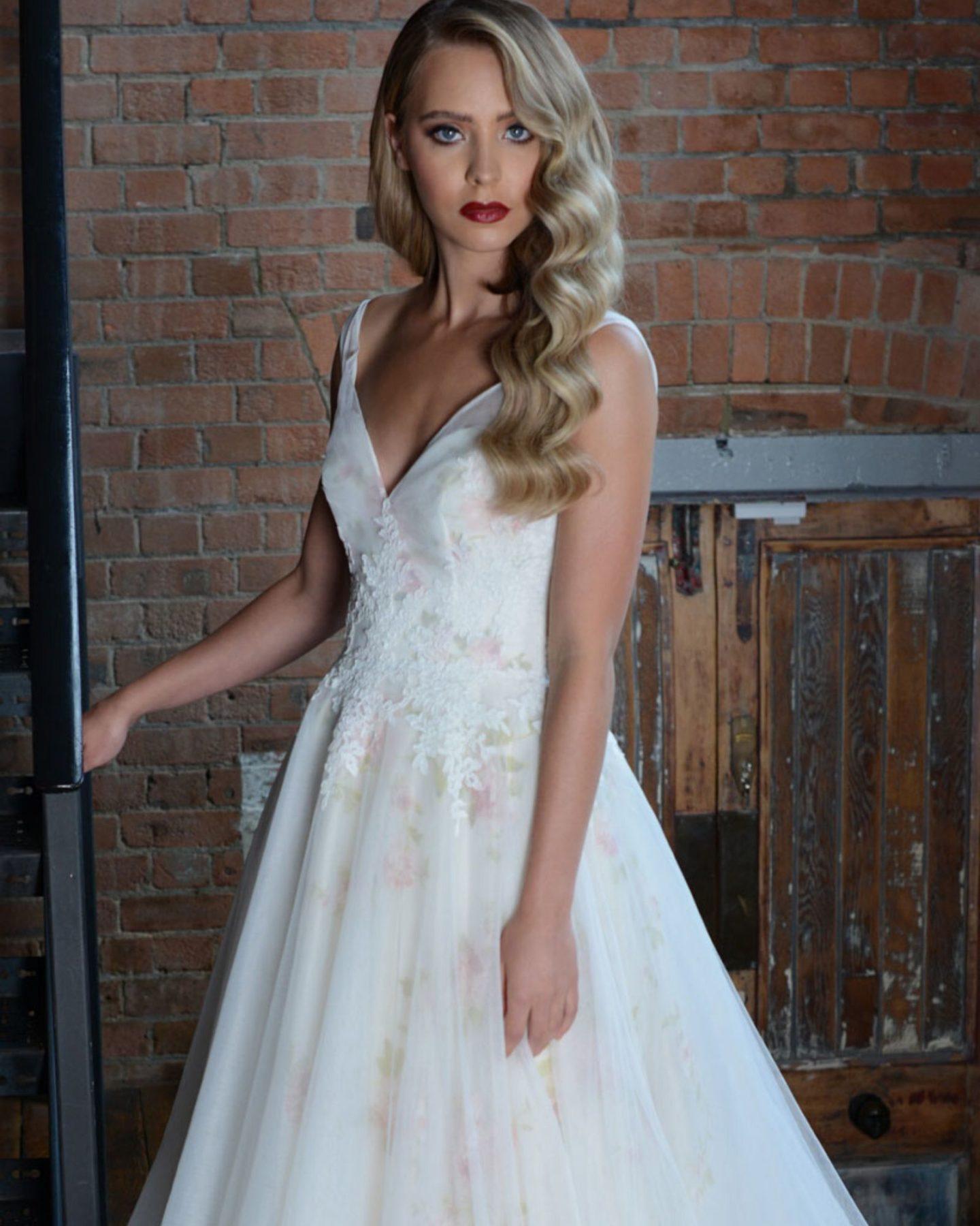 Statement wedding dress by Lois Wild