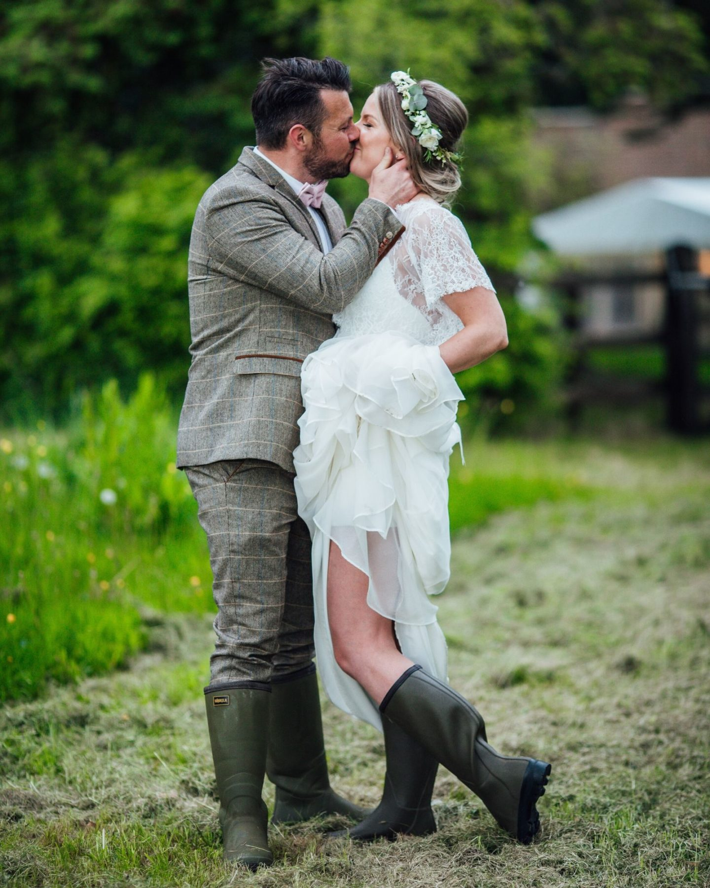 Farmyard wedding Stratford Upon Avon