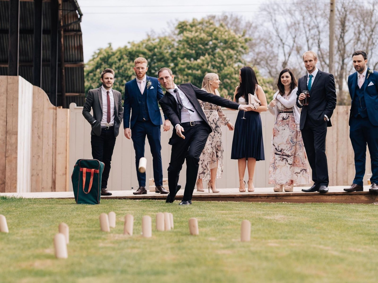 wedding guests playing outdoor wedding entertainment