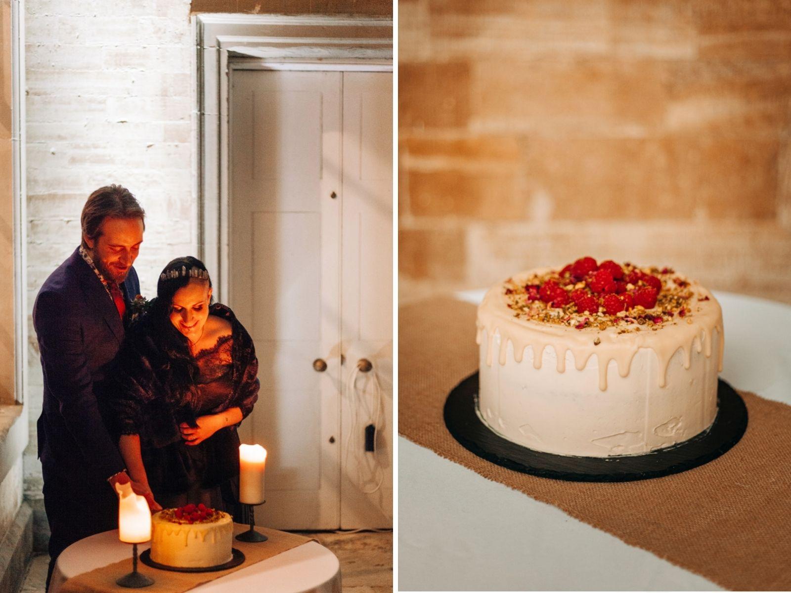 Understated wedding cake