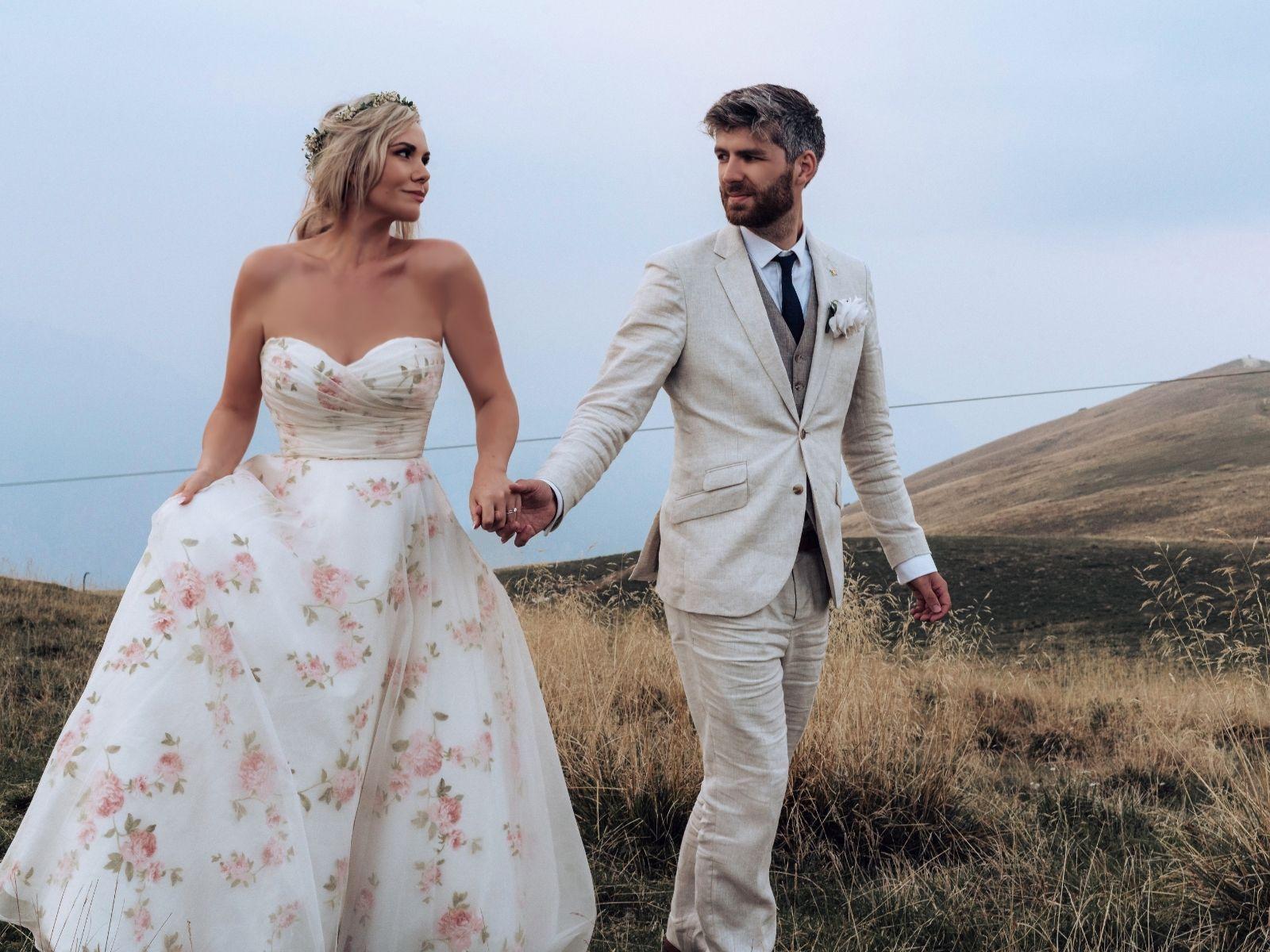 Wedding dress alterations Stratford Upon Avon, UK