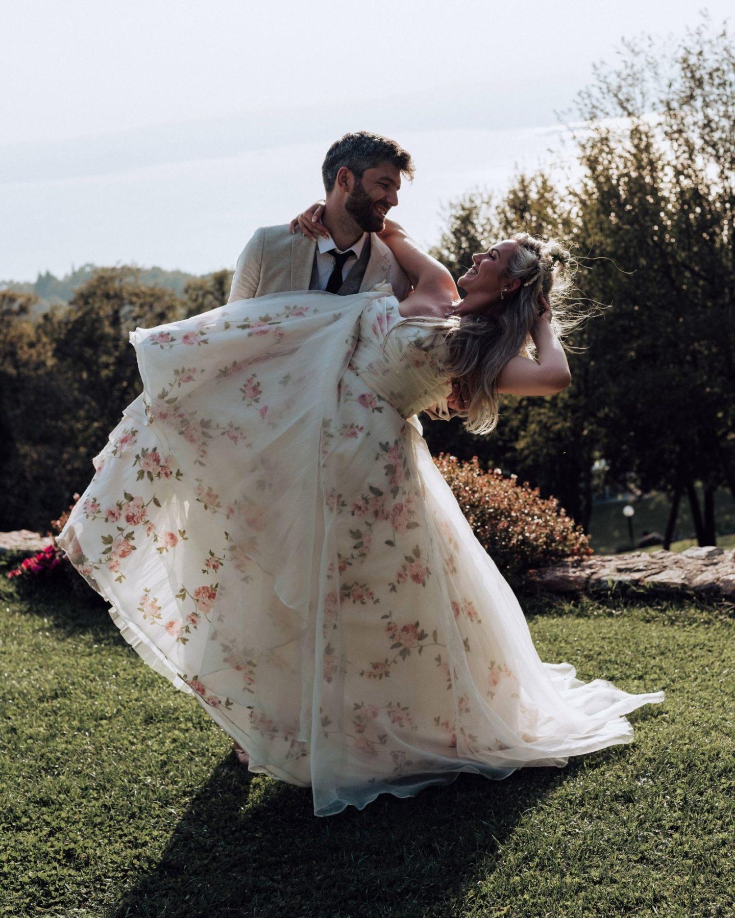 Vintage boho wedding dress with roses