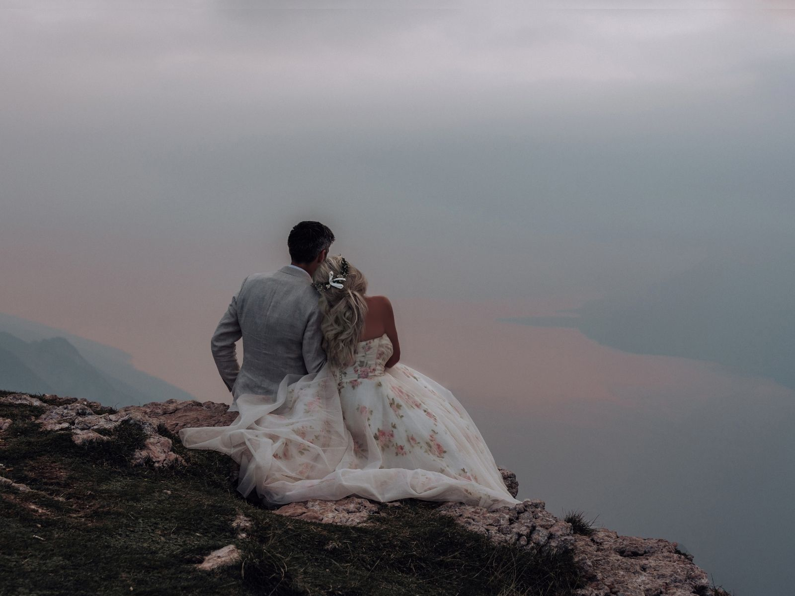 Destination bohemian wedding in Italy